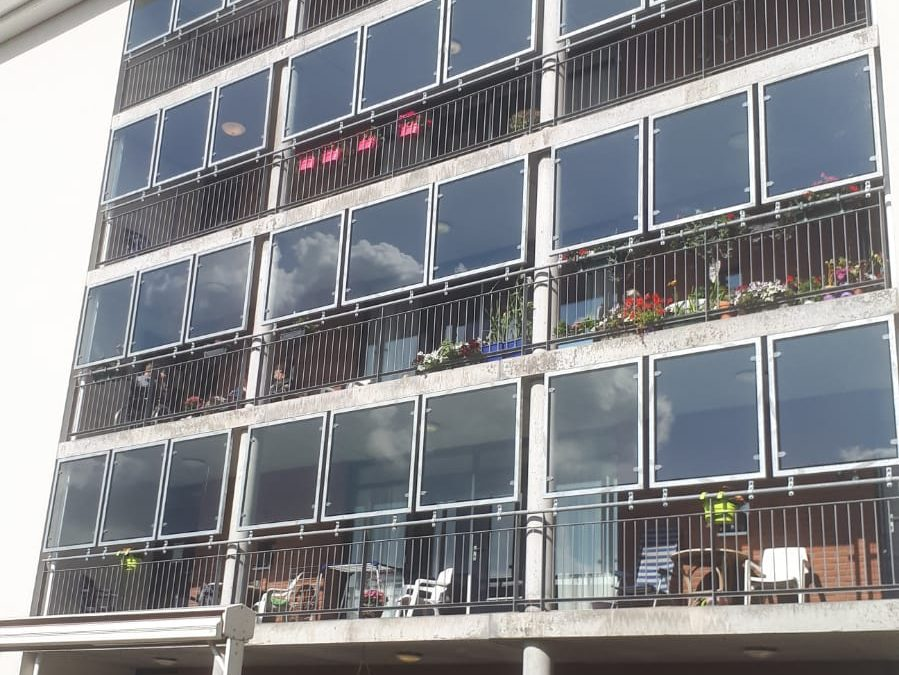 Balkonafscherming met glas